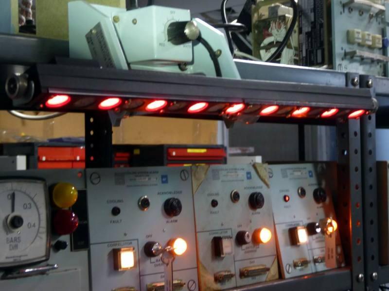 Practical Naval Submarine swivelling panel illuminator red/white lamps