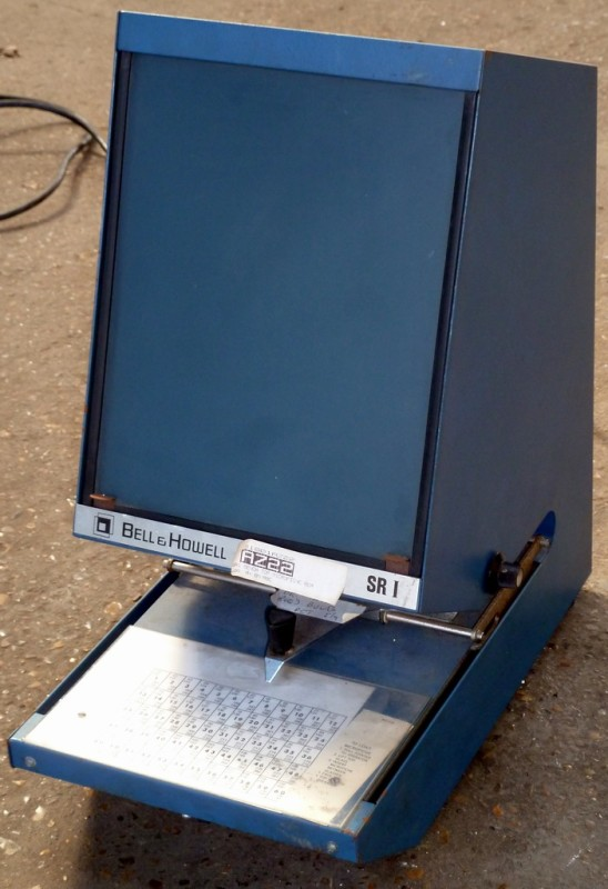 Bell & Howell SR1 practical microfiche viewer