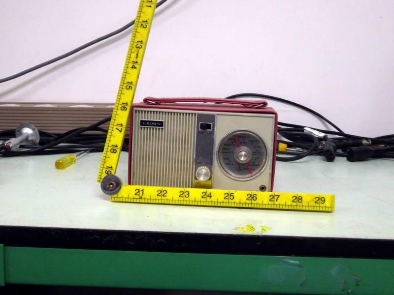 Period Crown TR-602 transistor radio