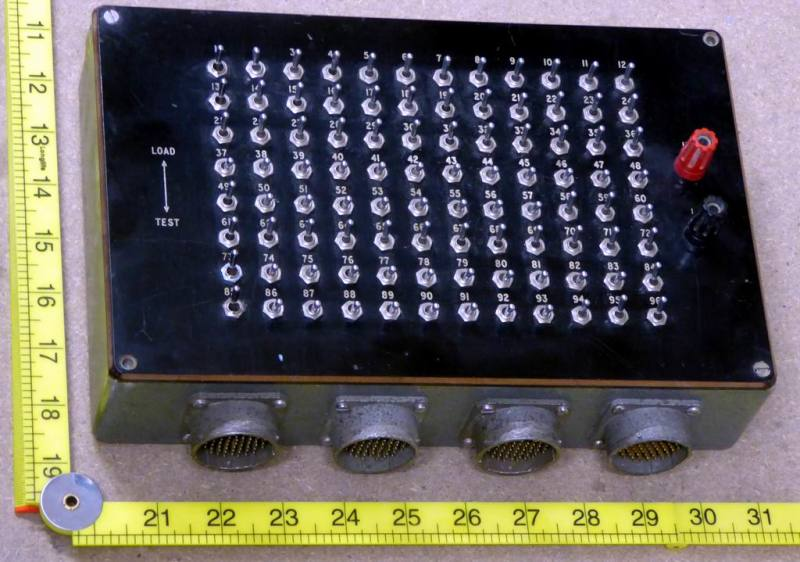 Box with dense matrix of 96 small switches