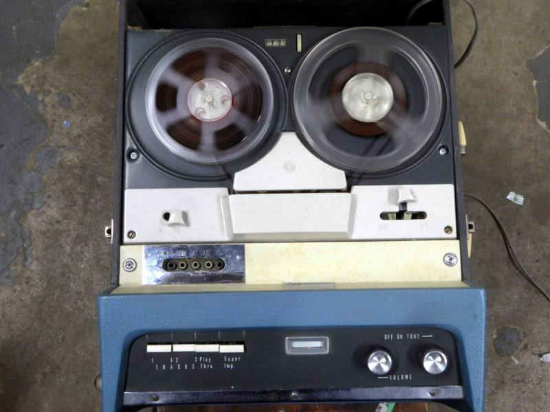 Practical, portable 1960s HMV domestic reel to reel tape recorder