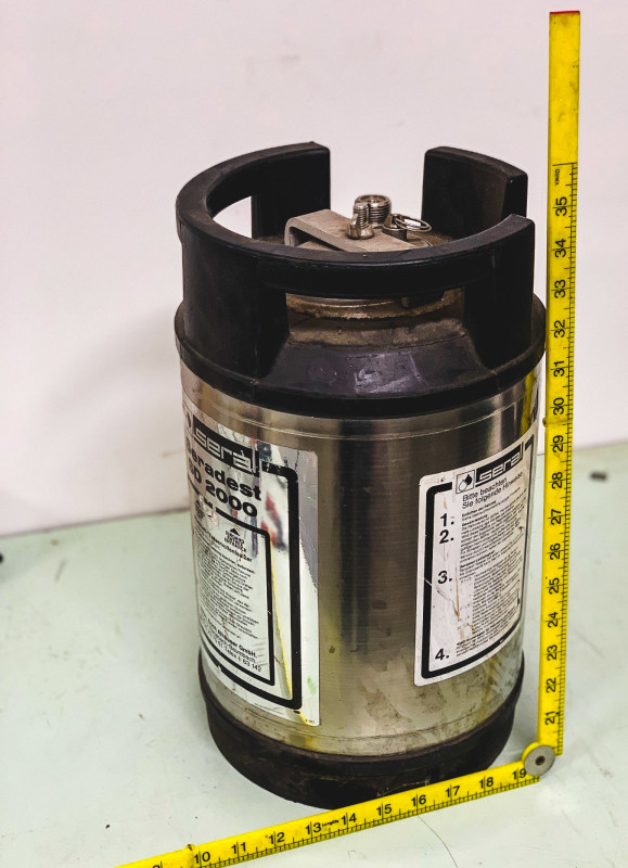 Cryo cylinder