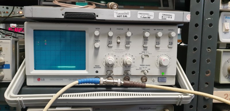 Practical Modern Looking LG Oscilloscope