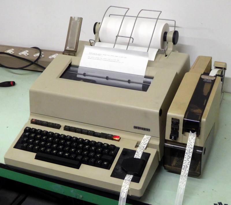1980s Siemens T1000 printing telex terminal/teleprinter | Electro Props Hire