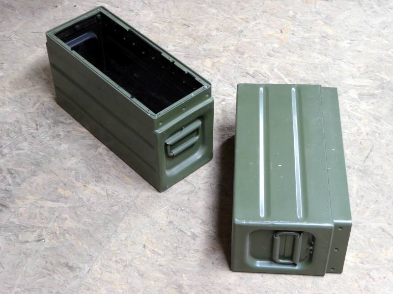 Khaki/olive green coloured ruggedised aluminium military/army cases with pull out hinged handles