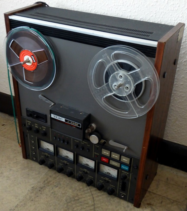 Practical professional Teac A-3440 reel to reel tape recorder.