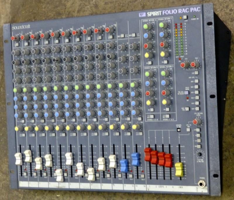 Soundcraft 19