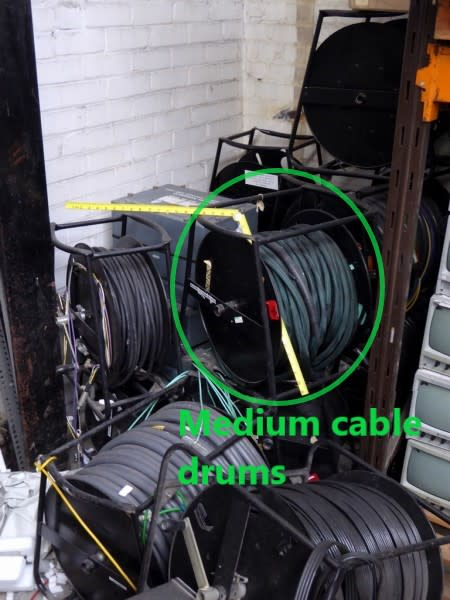 Medium sized - Heavy duty cable drums on frames