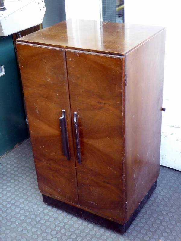 1951 vintage Bush TUG26 console/cupboard style TV with doors