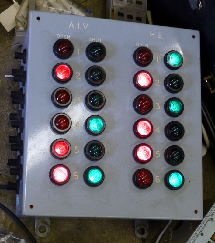 Naval red & green lamp indicator boxes
