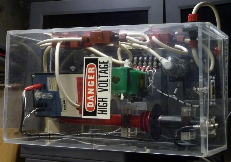 Transparent high voltage prop