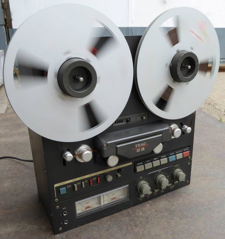 Practical 1980s-1990s Teac 32-28 reel to reel tape recorder