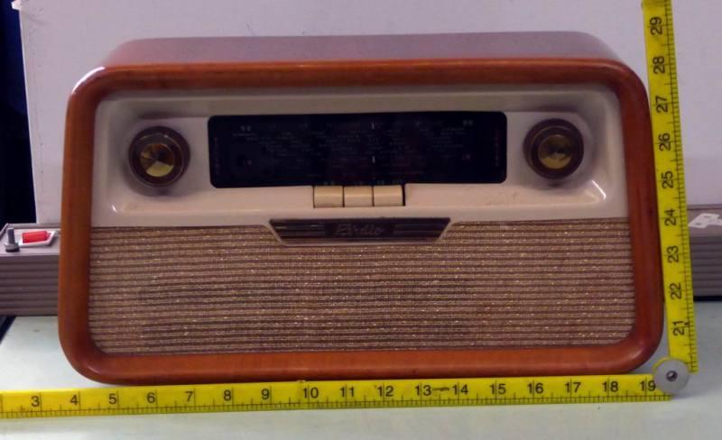 Period 1960s Perdio transistor radio in wood veneer case