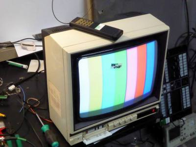 Practical 1980s Ferguson 14C2 colour TV
