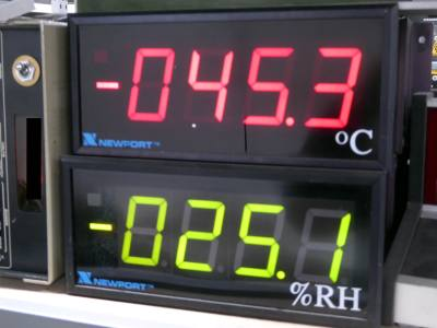 "Practical 4 digit, 7 segment digital displays in red or green 4"" digits"