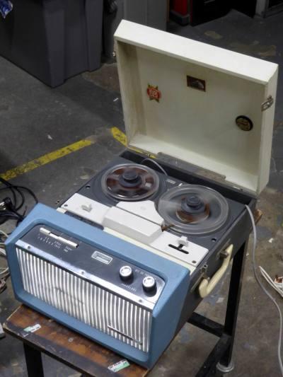 Practical, portable 1960s HMV domestic reel to reel tape recorder