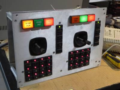 Practical aluminium panel with square lamps, LEDs & twin joysticks