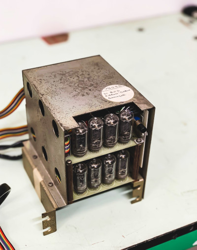 Nixie Tube/Valve component chassis