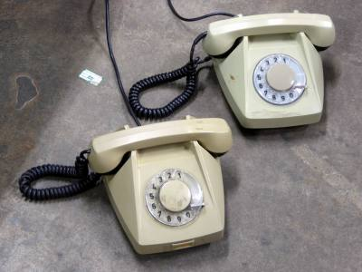 US/American style dial telephones