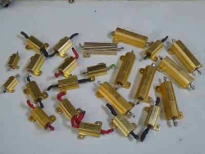 Gold anodised heatsink power resistors