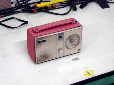 Period Crown TR-602 transistor radio