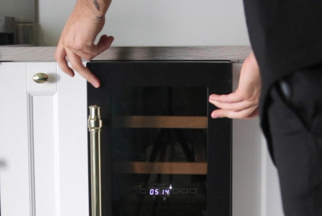 Velkommen til vores installationsguide for vinkøleskabe!