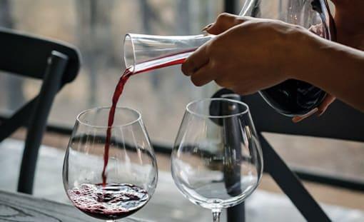 Eiskübel und Weinkühler