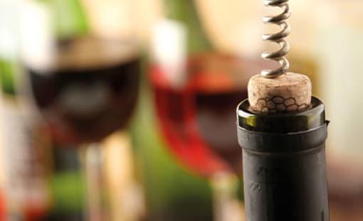 Korkenzieher und Champagnersäbel
