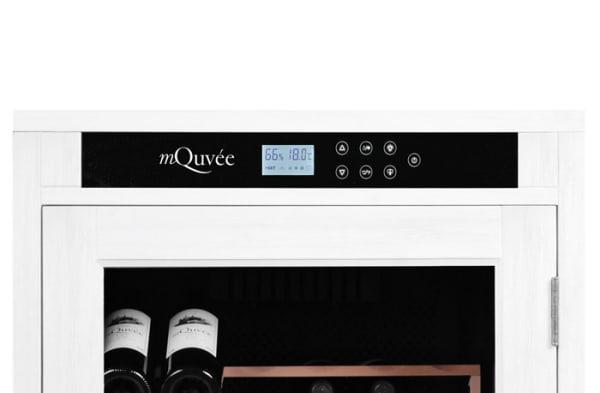 mQuvée vinlagringsskåp i vitt träomslag - bild på display