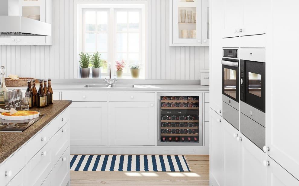 Rostfri vinkyl från mQuvee inbyggd i modernt kök