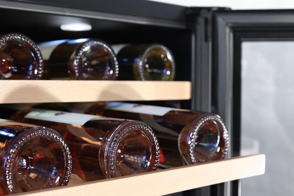 mquvee - inbyggbar vinkyl i rostfritt med utdragen hylla