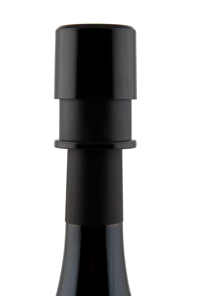 BoxinBag vacuum pump and stopper