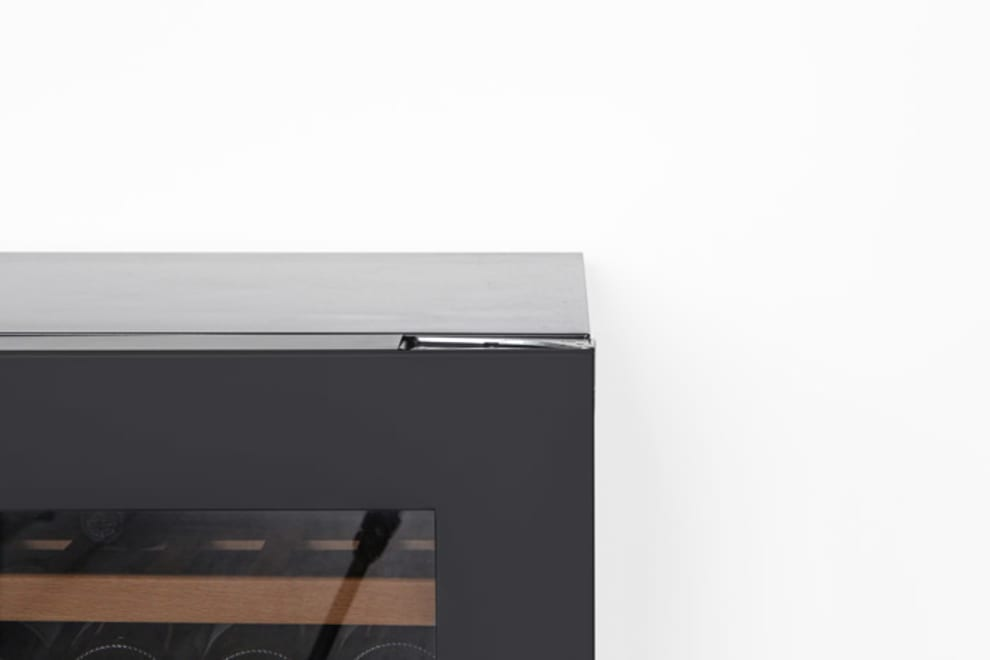 mQuvée Built-in wine cooler - WineCave Exclusive 187 Anthracite Black