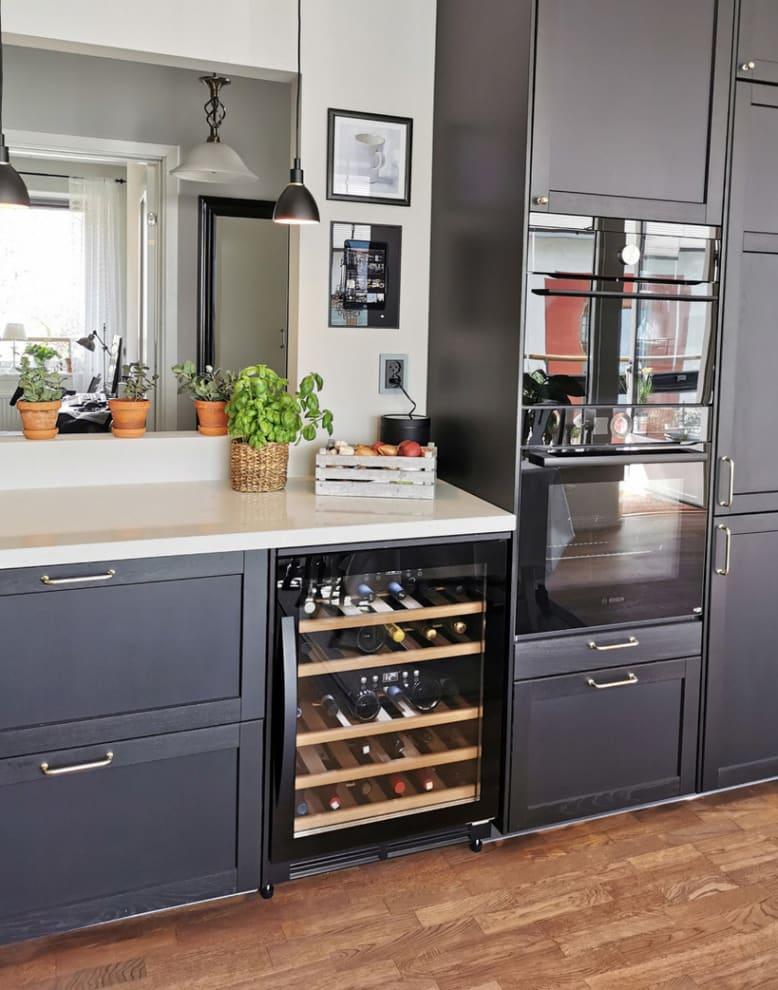 Cavin vinkøleskab til indbygning - Scandinavian Collection 40 Fullglass Black