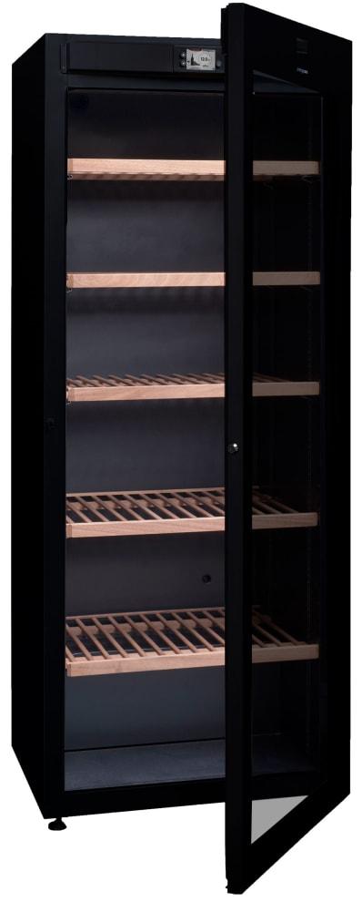 Stort vinlagringsskåp från Climadiff med öppen glasdörr