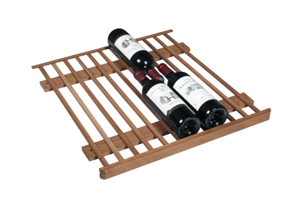 Fixerad premiumhylla med 3 vinflaskor