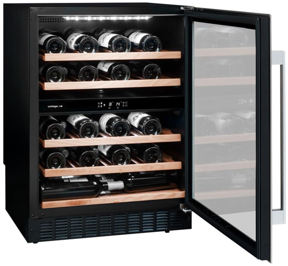 Inbyggbar vinkyl från Avintage med svart sockel