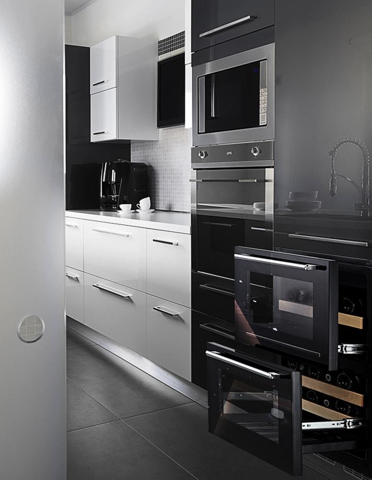 Innbyggbart vinskap - WineCave 60DD Fullglass Black