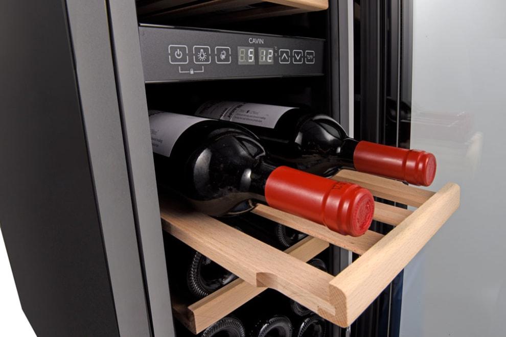 Sisäänrakennettava viinikaappi - Arctic Collection 30D Fullglass Black