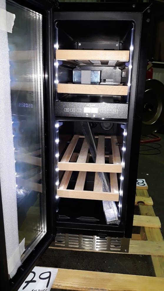 [B-vare] mQuvée vinkøleskab til indbygning - WineCave 700 30D Stainless
