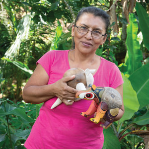 Loly, Maria De Los Santos