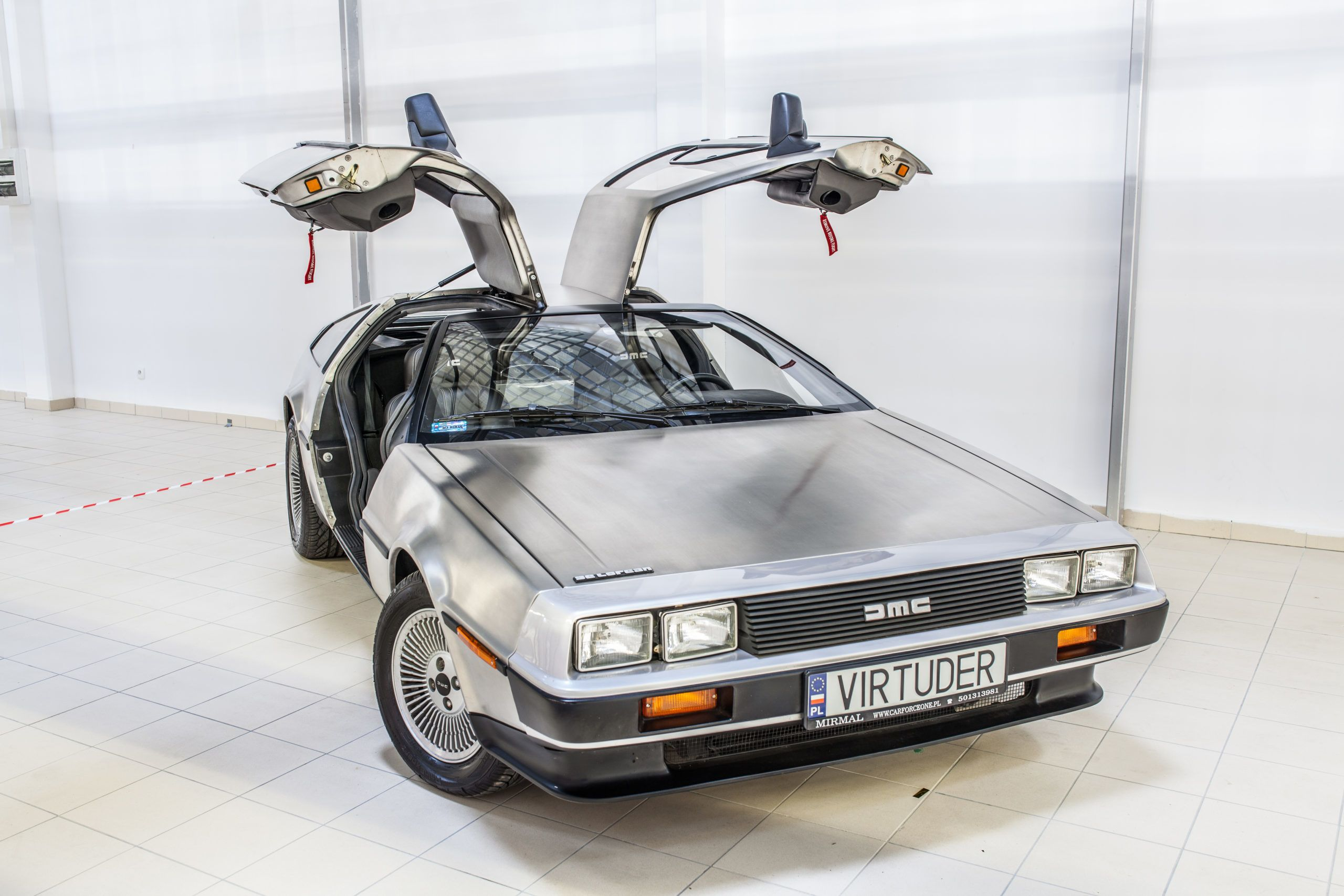 delorian time machine