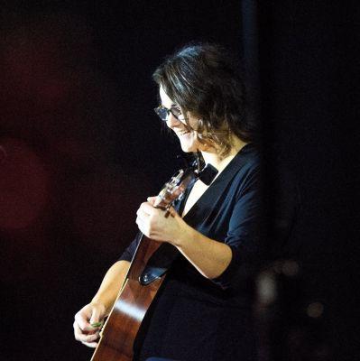 Photo of Jenny Morrison