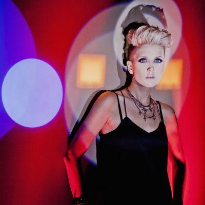 Photo of Amy Hef
