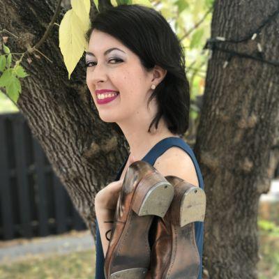 Photo of Kelly Steele