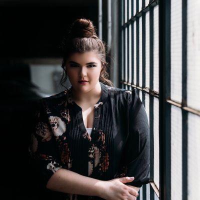 Photo of Claudia Norris