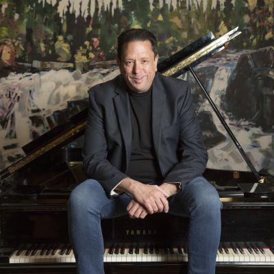 Photo of Brian Buchanan jazz pianist