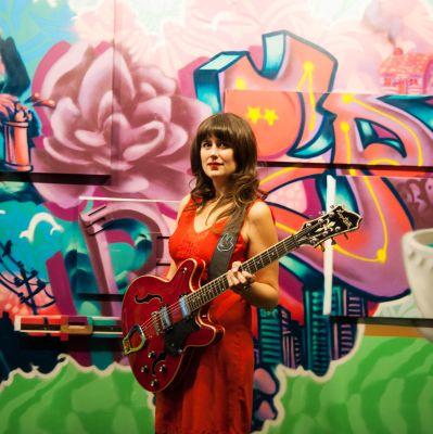 Photo of Kimberley MacGregor