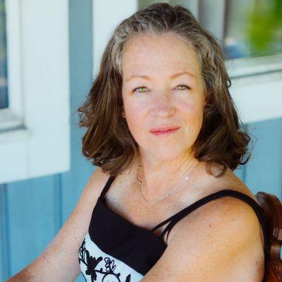 Photo of Julie Boyle