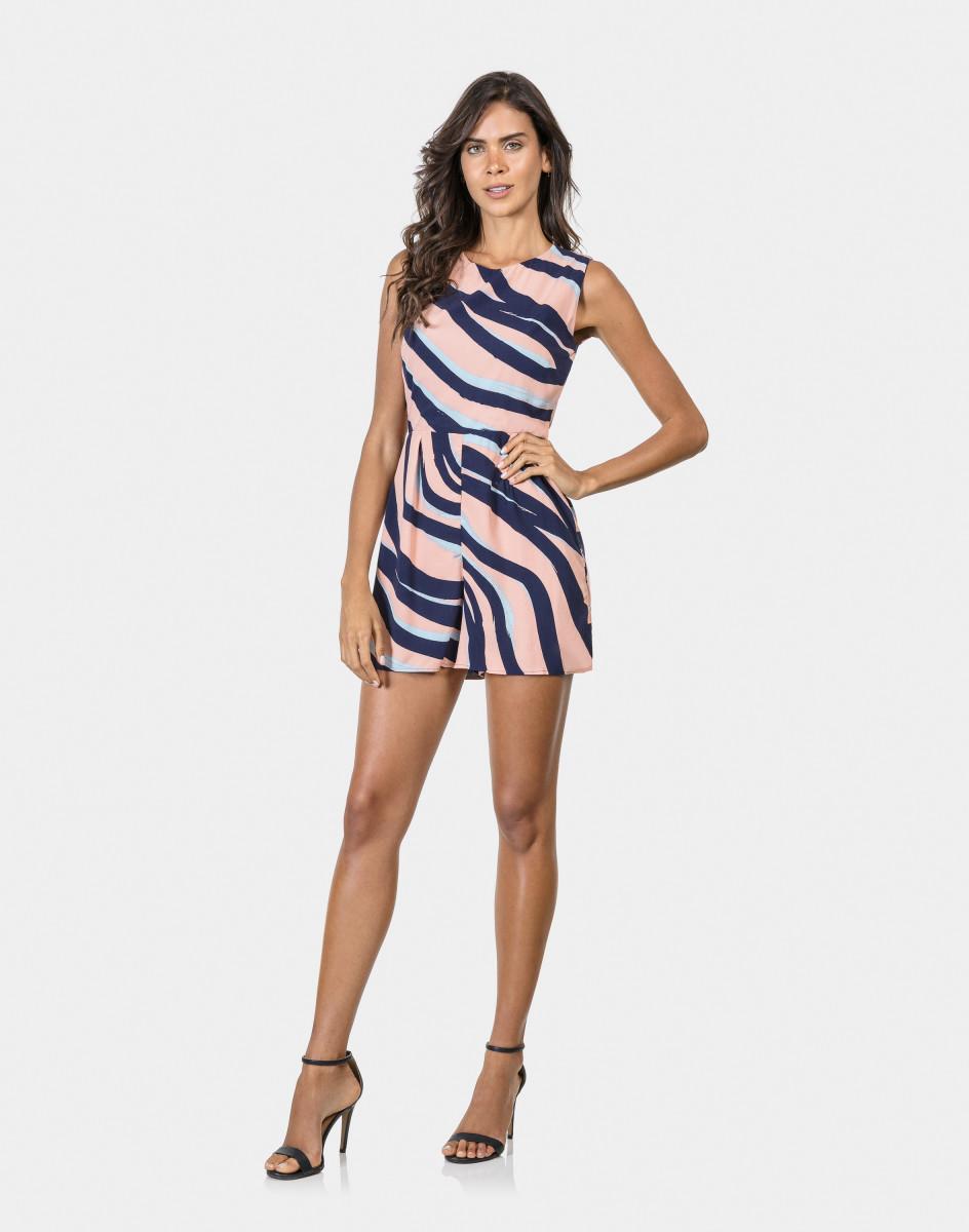 bd204a376 Lez a Lez - Macacão Curto Estampado Tecido Zebra | iLovee
